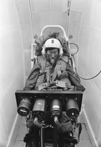 航空機の緊急事態における人間行動(1969) (c)T ISHIMATSU